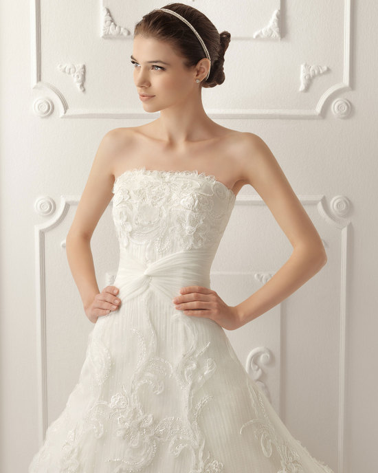 2013 wedding dress by Aire Barcelona bridal gowns Raquel