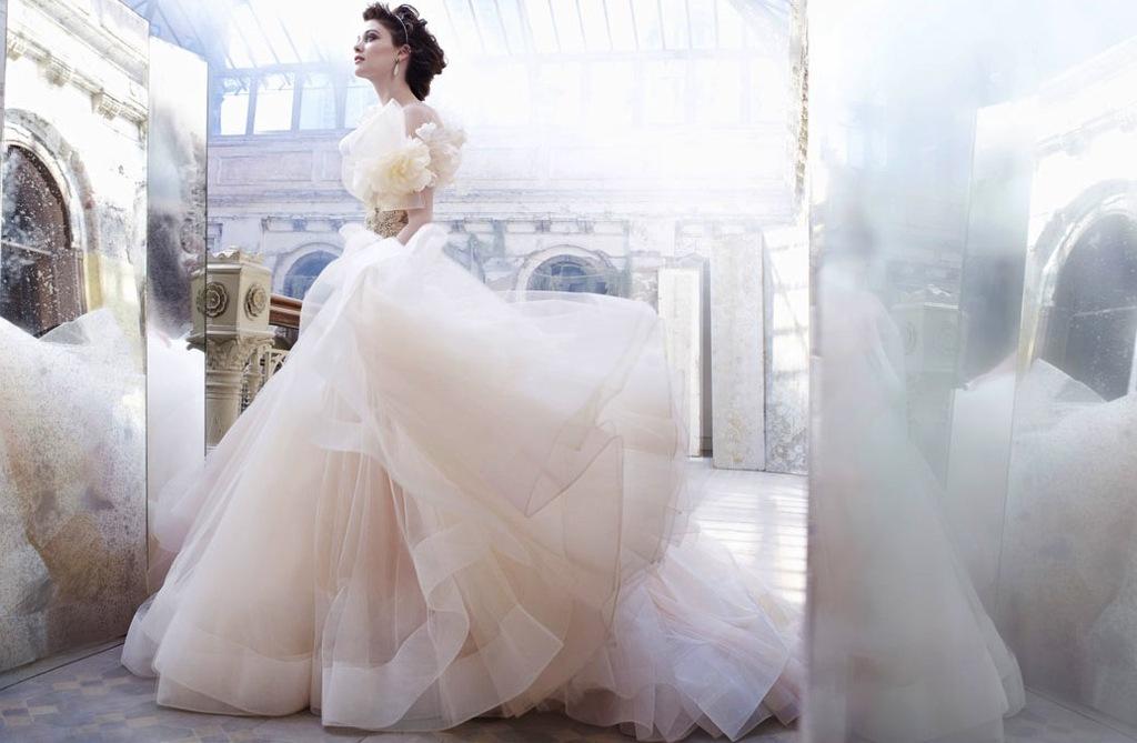 Fall-2012-wedding-dress-lazaro-bridal-gowns-tulle-ballgown.full
