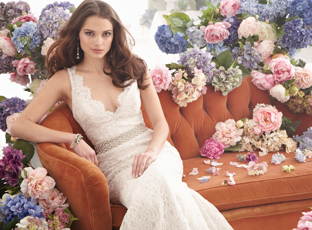 Fall-2012-wedding-dress-jim-hjelm-bridal-gowns-8254.full
