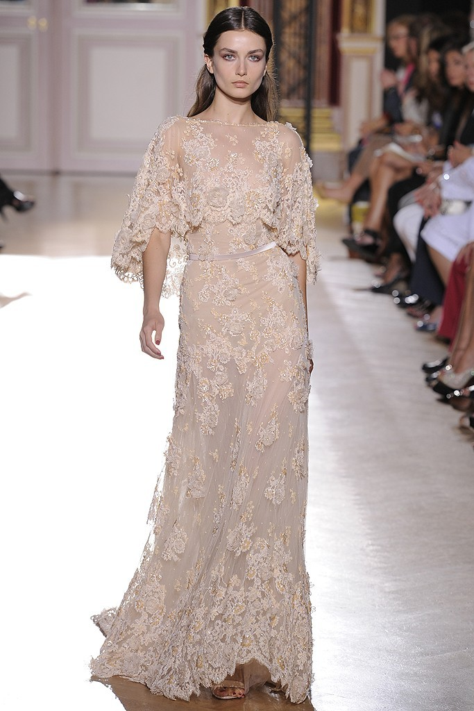 Runway-to-white-aisle-wedding-dress-inspiration-fall-2012-zuhair-murad-beige-lace.full