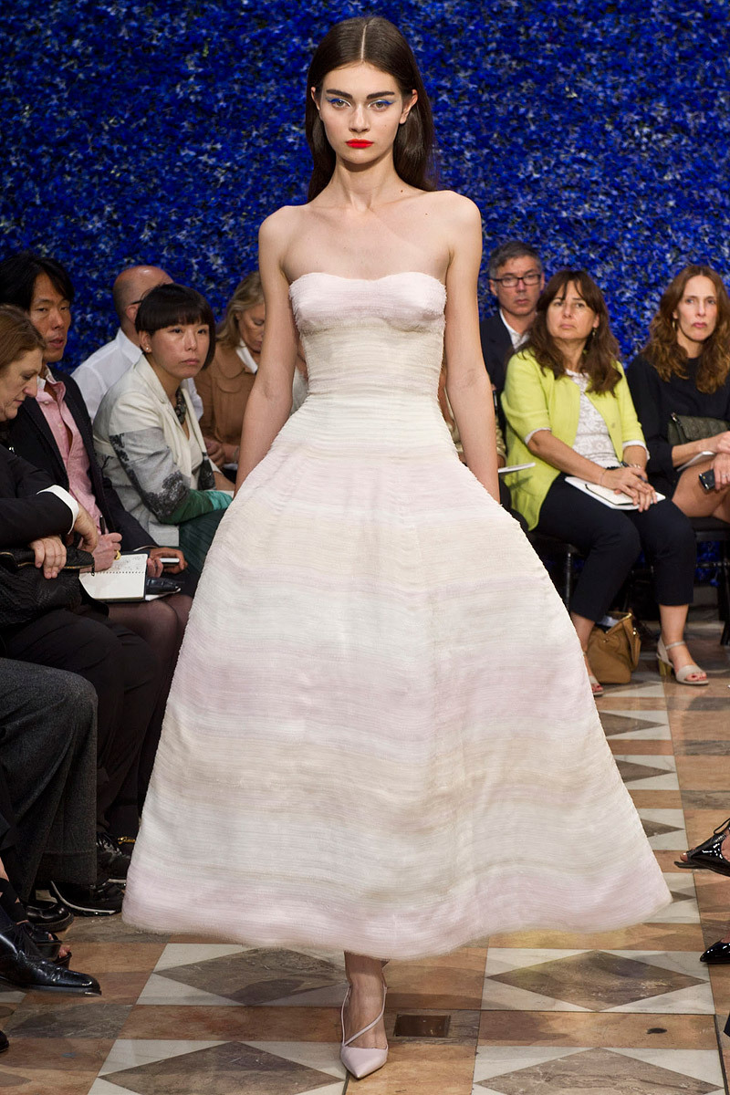 Runway-to-white-aisle-wedding-dress-bridesmaid-dress-inspiration-christian-dior-couture-lwd-2.full