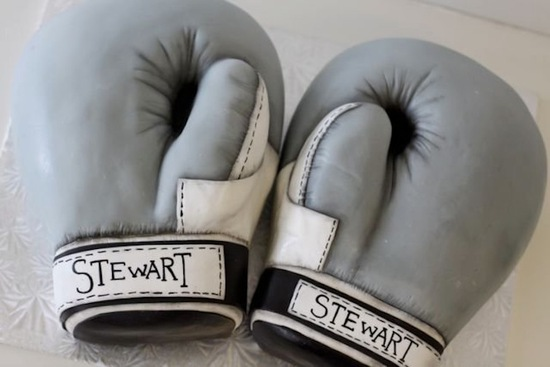 boxing gloves grooms cake creative wedding cake ideas
