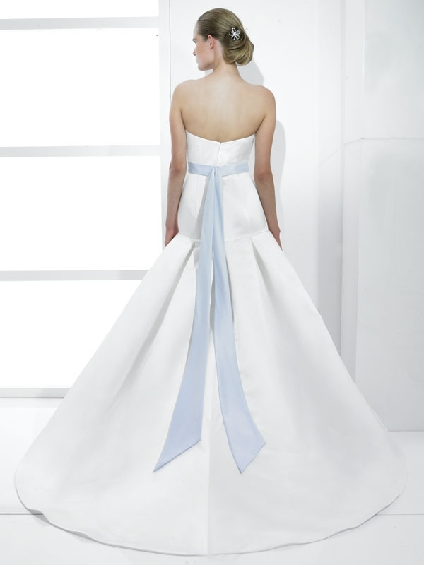 T476-white-classic-spring-2011-wedding-dress-strapless-drop-waist-a-line-satin-ice-blue-bridal-belt-back.full