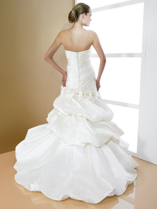 tiered wedding dress d7997 7997