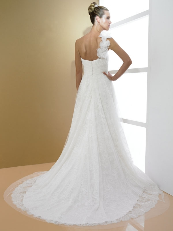D7988-moonlight-bridal-2011-wedding-dress-asymmetric-neckline-a-line-white-back.full