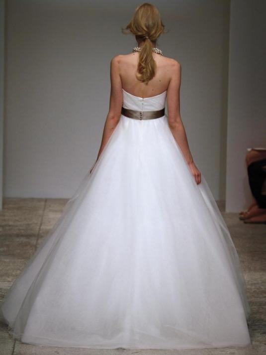 Amsale-sabrina-spring-2011-wedding-dress-full-a-line-tulle-silhouette-strapless-mocha-satin-belt-back.full