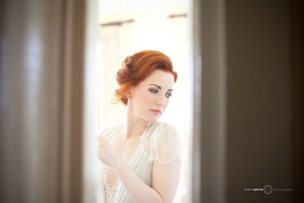 Glamourous-brides-guide-to-wedding-day-style-soft-updo.full