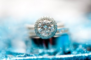 photo of Silver Sparkle to Jazz Up Your Wedding Day