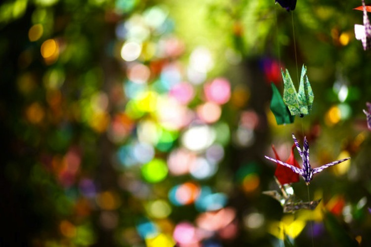 Colorful-wedding-ideas-cranes.full
