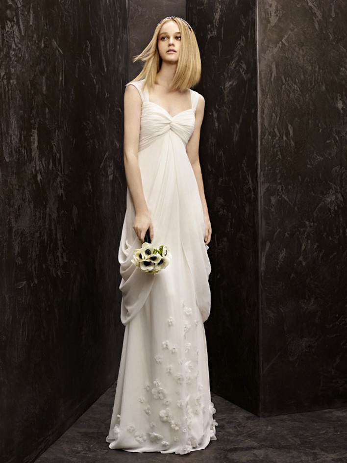 Fall-2012-wedding-dress-white-by-vera-wang-bridal-gowns-vw351139.original