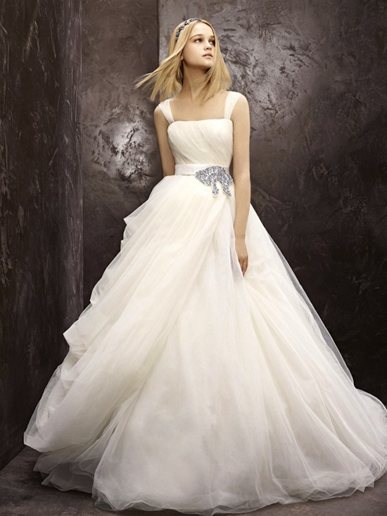 fall 2012 wedding dress White by Vera Wang bridal gowns fairytale vw351129
