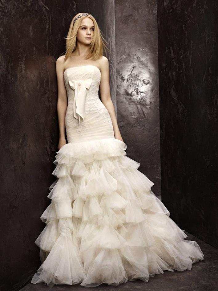 Fall-2012-wedding-dress-white-by-vera-wang-bridal-gowns-drop-waist-strapless-vw351086.full