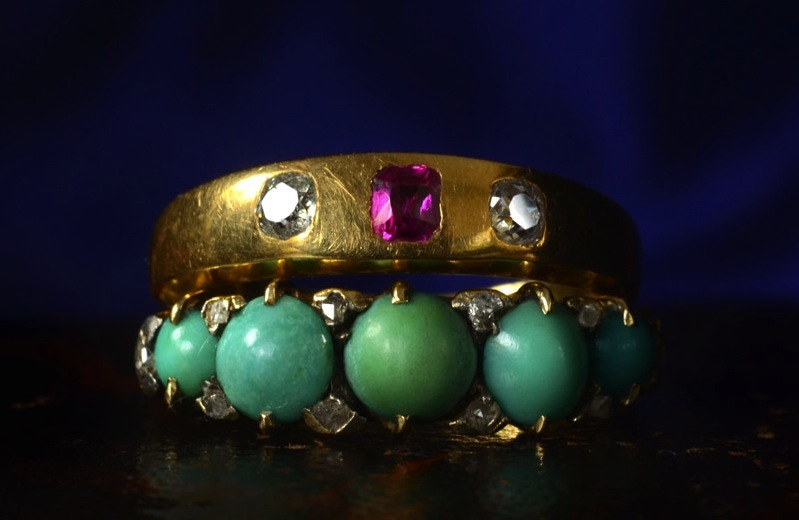 Colorful-vintage-wedding-bands-gold-with-pink-green.full