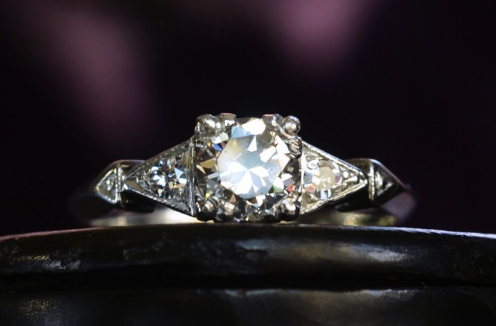 Vintage-engagement-rings-unique-wedding-jewelry-1930s-art-deco-transitional-cut.full