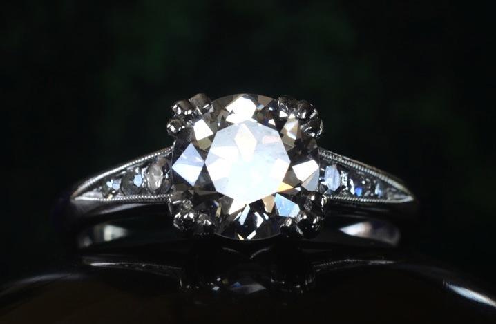 Antique-engagement-rings-for-vintage-brides-1920s-art-deco-european-cut.full