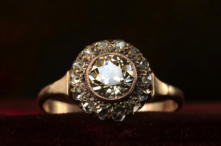 Antique-engagement-rings-for-vintage-brides-1890s-victorian-rose-gold.full