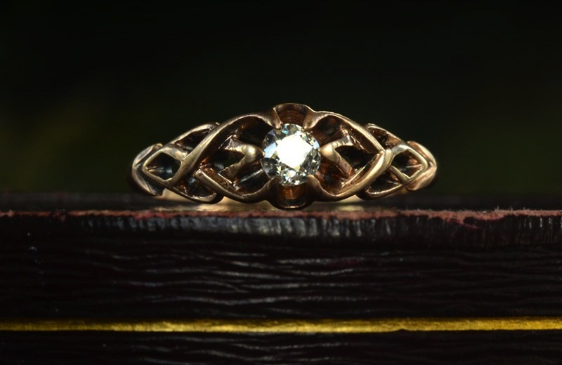 Antique-engagement-rings-for-vintage-brides-1890s-rose-gold.full