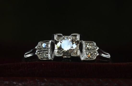 antique engagement rings for vintage brides 2