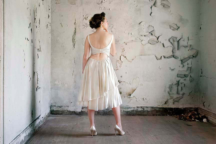 Vintage-inspired-lwd_with-open-back.full