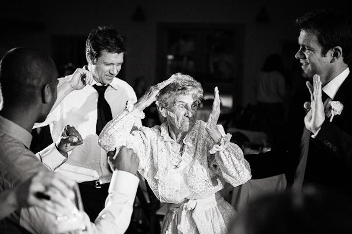 Hilarious-wedding-photo-grandma-dancing.full