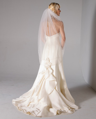 Janet-nelson-kumar-2011-wedding-dress-willow-back.full