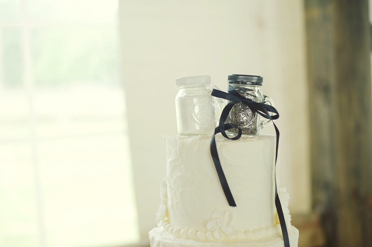 Cute-wedding-cake-topper-rustic-elegant-real-wedding.original