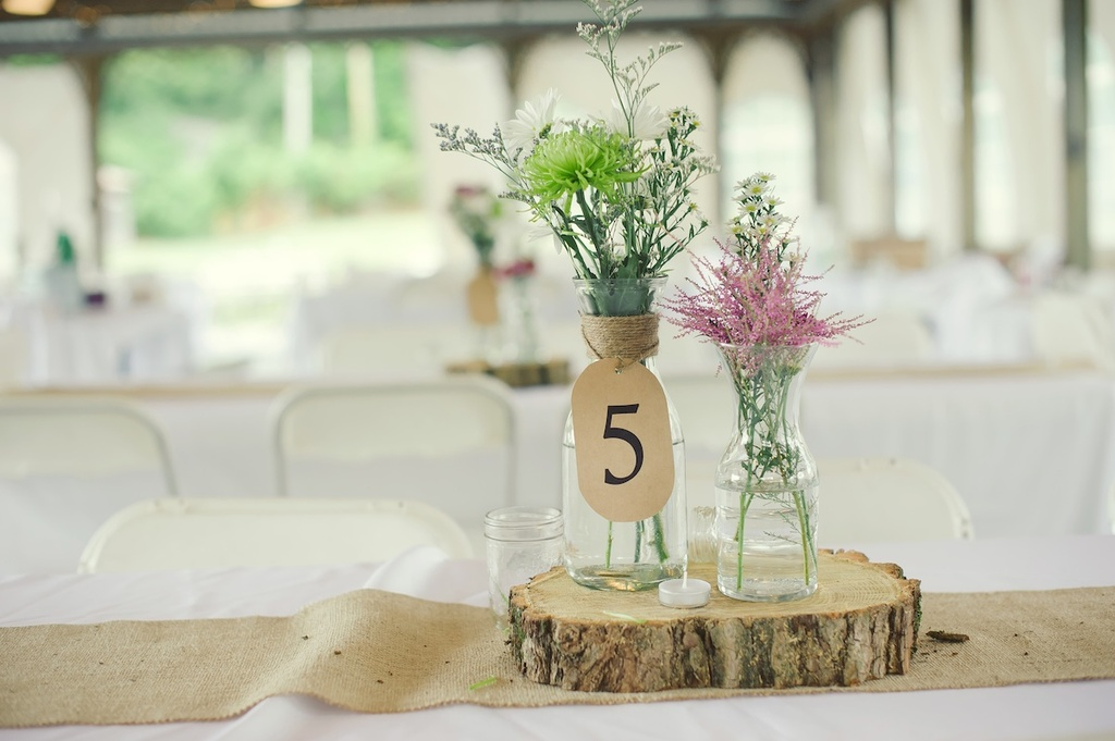 Elegant Rustic Wedding Real Photos Simple Centerpieces 1
