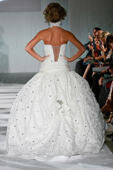 Katerina_bocci_cinderella_dress-004.full