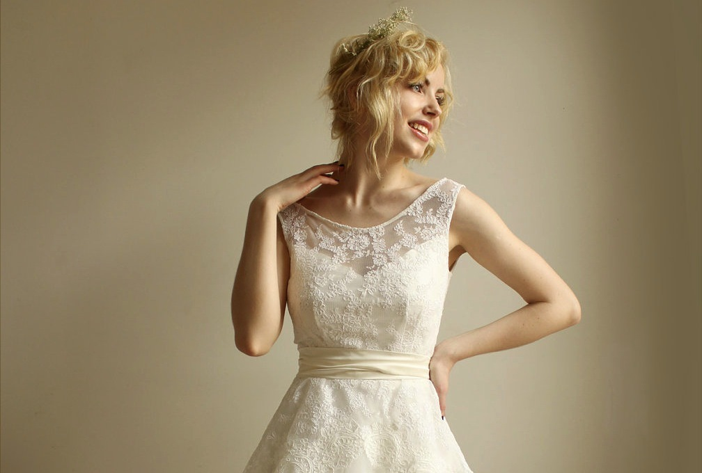 Illusion-neckline-wedding-dress-vintage-inspired.full