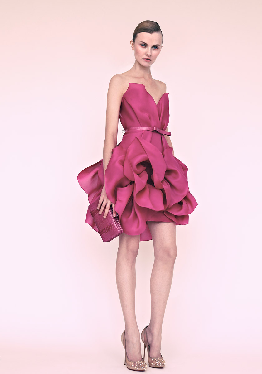 Marchesa-wedding-inspiration-bridesmaids-dresses-for-spring-summer-berry.full