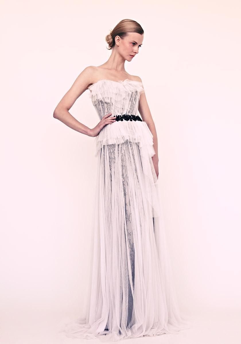 Marchesa-wedding-dress-for-elegant-brides-black-and-white.full