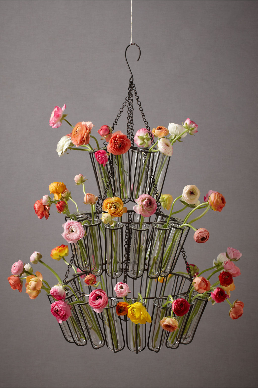 Spring-wedding-decor-anthropology-chandelier-with-bright-wedding-flowers.full