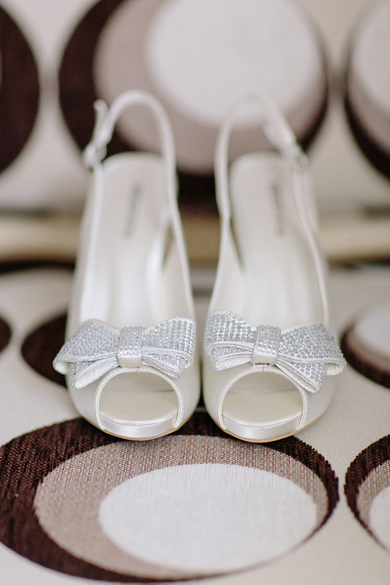 ivory wedding shoes with sparkly bows