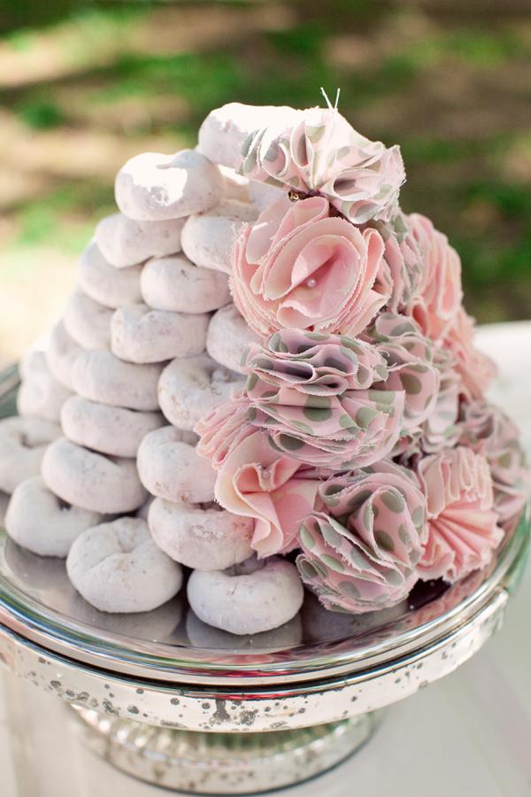 Powder-sugar-donut-wedding-cake.full
