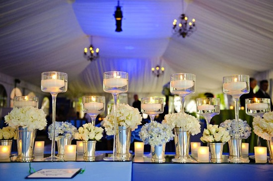 elegant wedding tablescape using mirrors