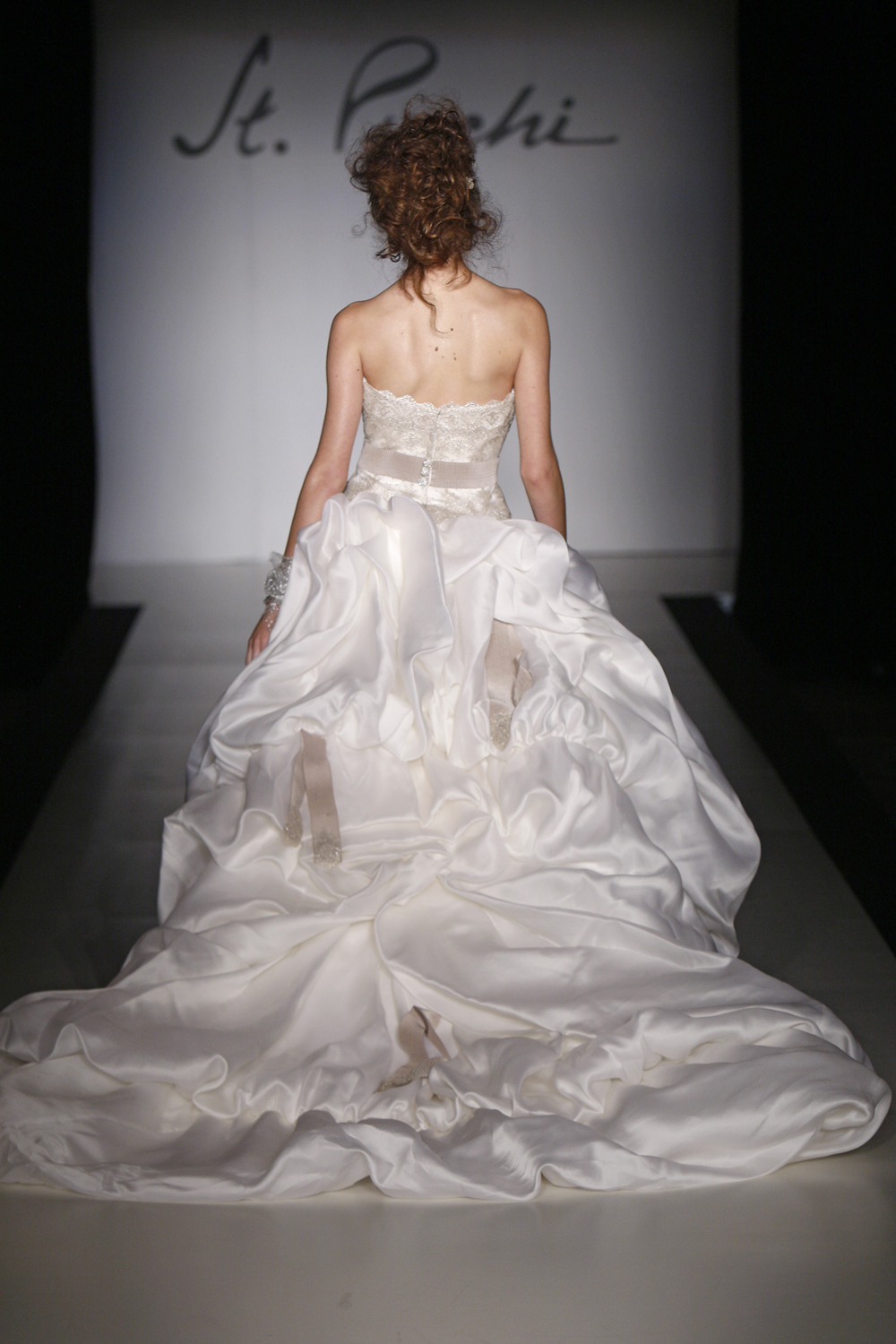 119_st._pucchi_style_9386_back.full