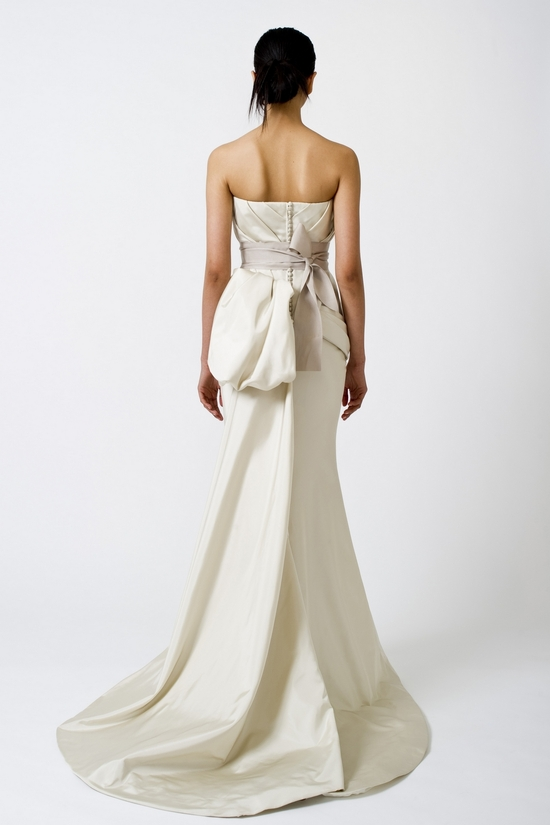 Fall 2012 wedding dress white by vera wang bridal gowns for Vera wang mermaid wedding dresses