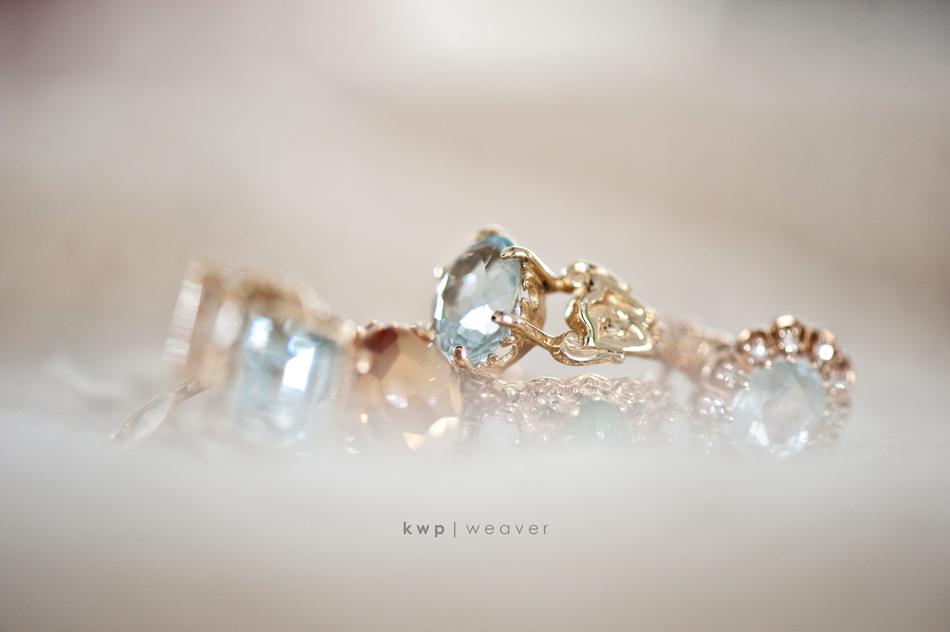 Engagement-ring-wedding-jewelry-photo.full