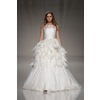 London-2013-wedding-dress-international-bridal-gowns-elizabeth-stuart-2.square