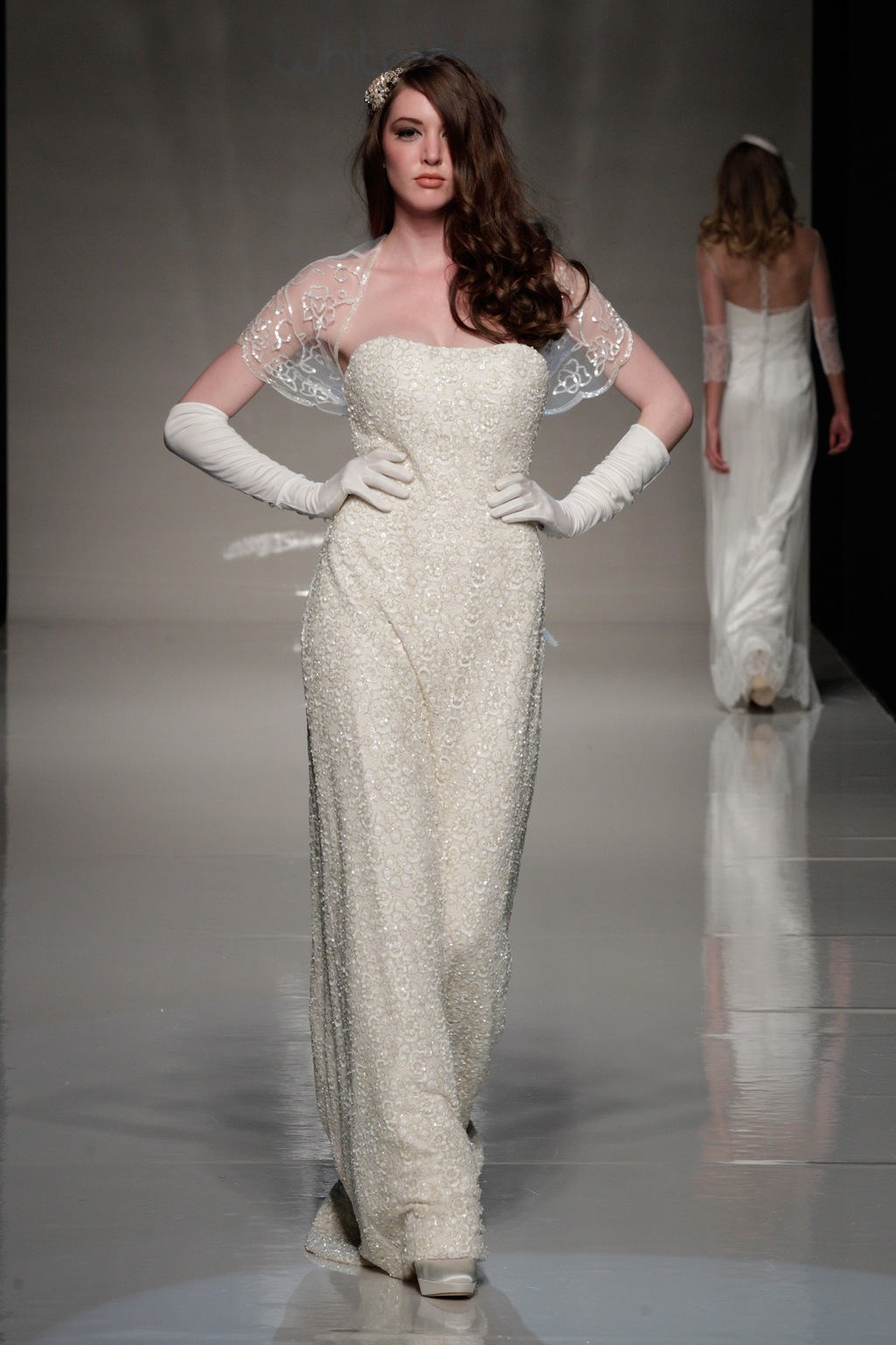 London-2013-wedding-dress-international-bridal-gowns-sanjuka-6.full