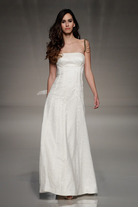 london 2013 wedding dress international bridal gowns sanjuka Kisui 2