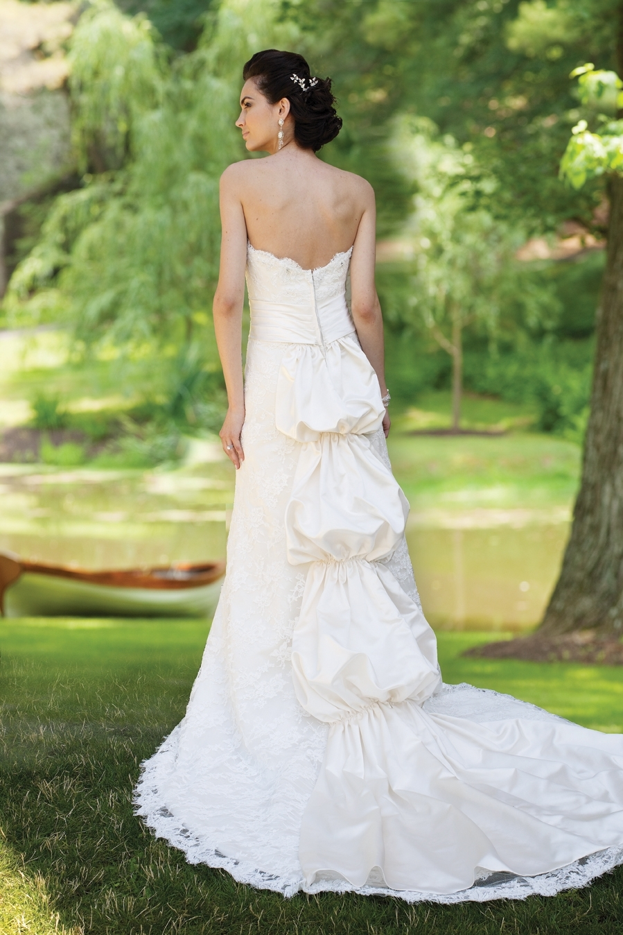 E231134-spring-2011-wedding-dress-2bebride-ki-back.full