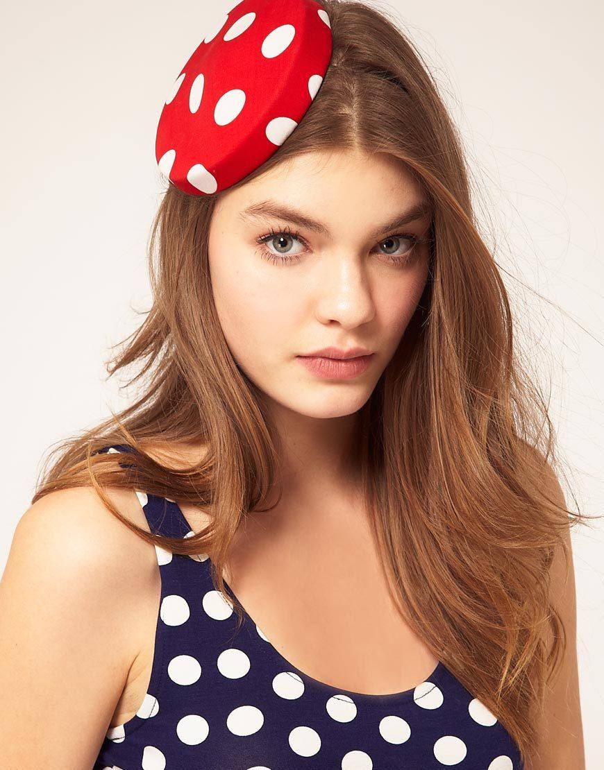 Red-white-polka-dot-hat-for-bridesmaids.full