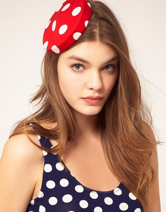 red white polka dot hat for bridesmaids