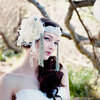 Bohemian-bride-wedding-headdress-1.square