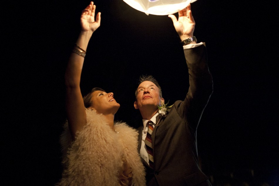 Wish-lanterns-for-outdoor-weddings-bride-and-groom.full