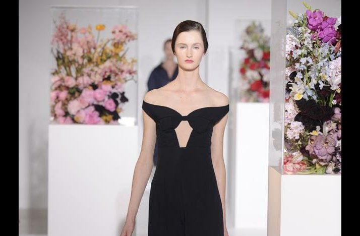 The-wedding-report-stylish-wedding-ideas-fashion-inspired-flowers-2.full