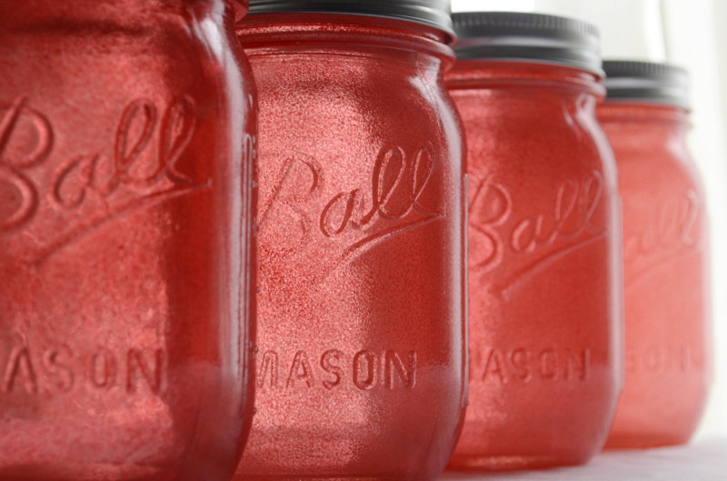 Coral-tinted-mason-jars-for-vintage-weddings.full