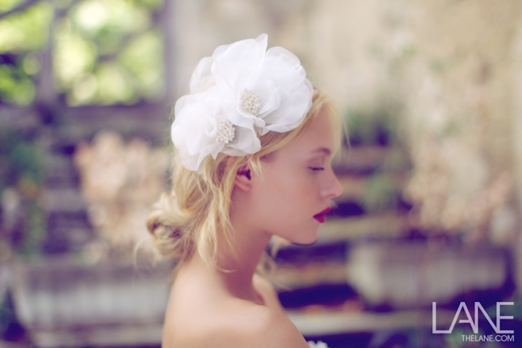 Bridal-veils-hair-accessories-by-suzy-orourke-white-floral-headpiece.full
