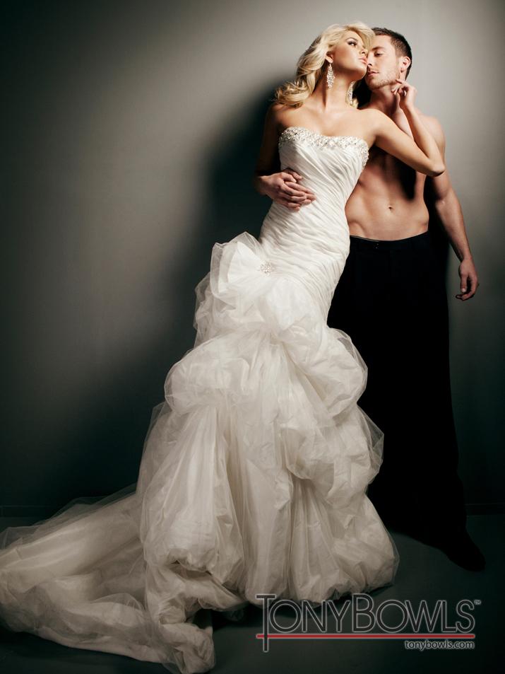 Wedding-dress-fall-2012-tony-bowls-for-mon-cheri-bridal-gowns-t212273-alt.full